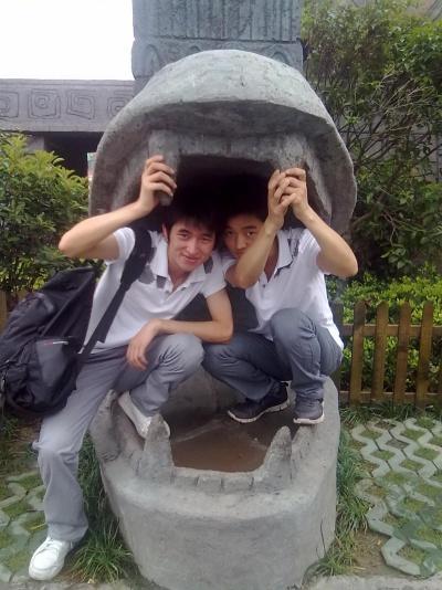 我和宣儿带着我弟弟去杭州乐园,这是弟弟第…