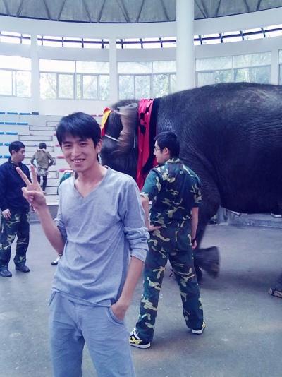 和宣儿一起去杭州动物园,宣儿说我都没有带…