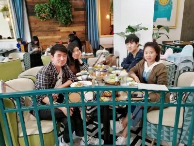 科研同学回杭州,几个同事一起小聚。