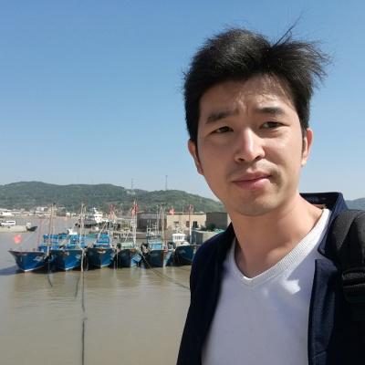 渔船的港湾,不知为啥我特别喜欢渔船停泊的…