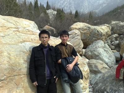 周末和子云去少林嵩山,我们从早上10天开…