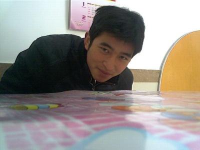 这是我在杭州风雅颂公司中午一起去吃饭时拍…