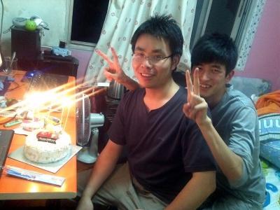 今天是周周26岁的生日,祝周周生日快乐,…